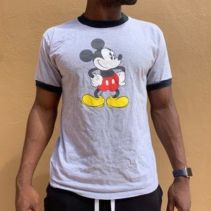 Vintage authentic Disney store Mickey tee medium